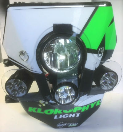 plaque phare klorophyl x2 endurance light pour moto yamaha ktm hva sherco